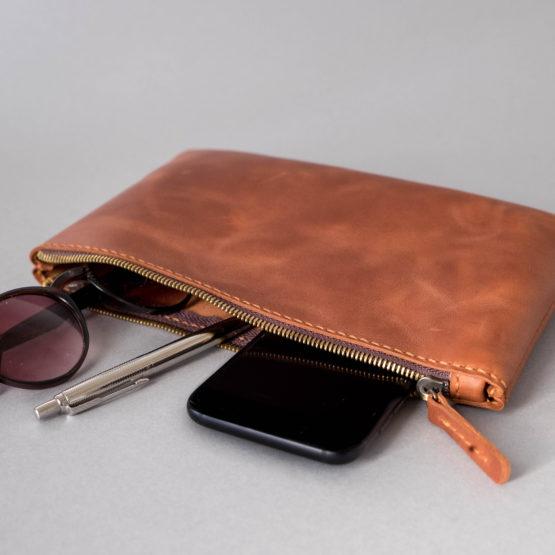 minimalist purse